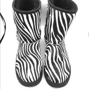 Ugg zebra boots size 10